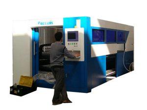 2kw laserový řezací stroj s nastavitelnou rychlostí pro kovovou trubku